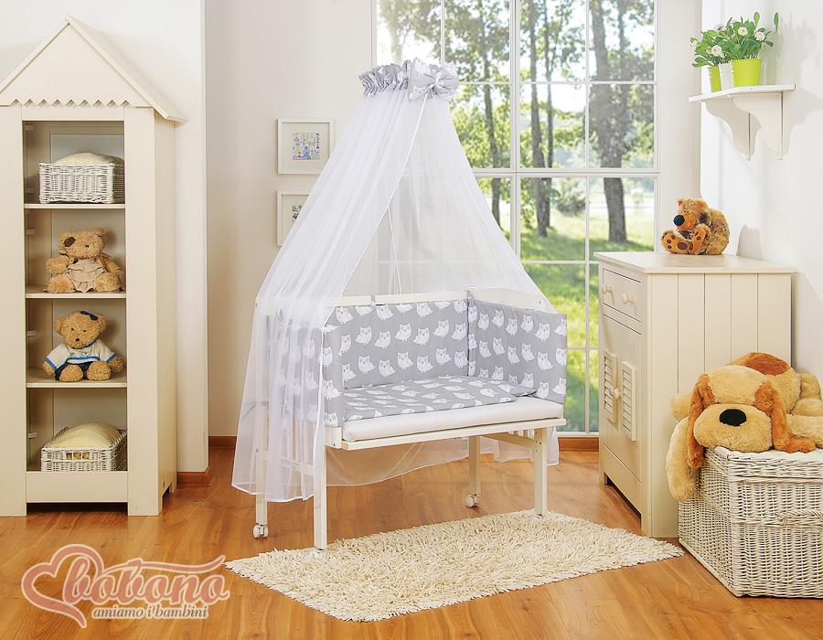 Kids nursery crib with canopy